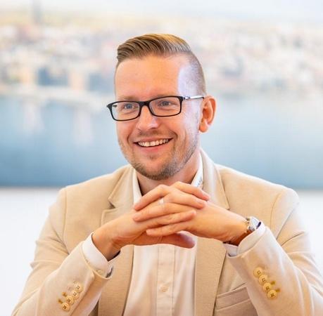 Versicherungsmakler Rostock Dario Sender Mare Finanz GmbH